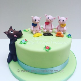 3 Little Pigs and the Big Bad Wolf Birthday Cake
